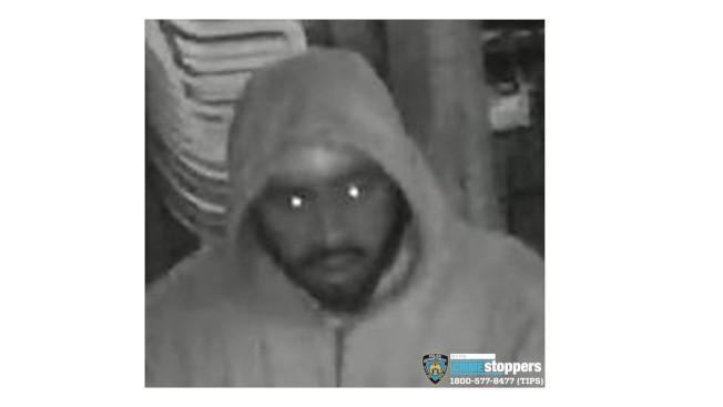 警方公布竊賊相片通緝 。(72分局提供)