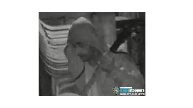 警方公布竊賊相片通緝。(72分局提供)
