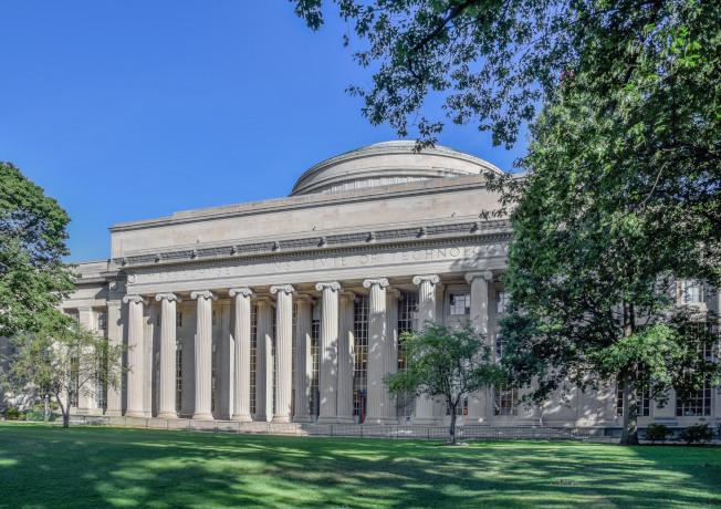 麻省理工學院大樓風格傳統厚重。(本報檔案照)