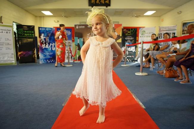 3至6歲組第二名小洋娃娃Diana Parker很可愛。(圖:王棟提供)