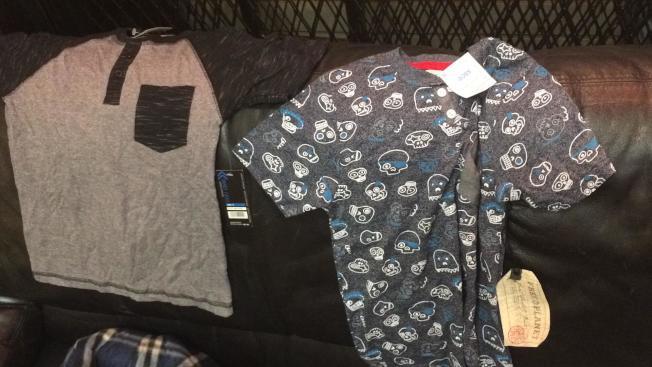 華人Margaret Huang今年2月份郵寄價值不到100美金的衣服和鞋子回中國,卻被海關扣住,表示價值超過1000元人民幣自用額,必須退回。(Margaret Huang供圖)
