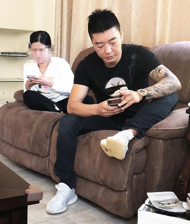 欣欣(左)和張鑫(右)。(讀者提供)