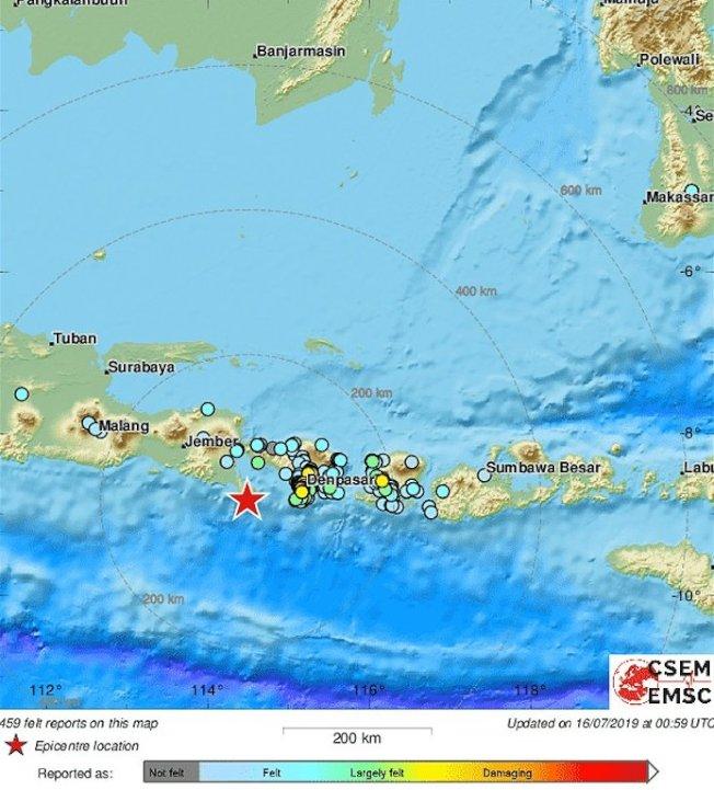 印尼觀光勝地峇里島發生規模6.1的地震。取材自推特