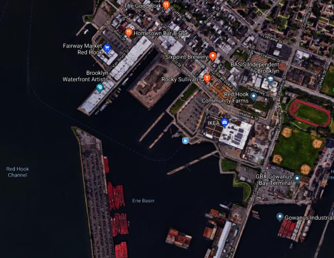 屍體在靠近布倫特(Van Brun)街海域被發現。(圖片取自谷歌地圖)