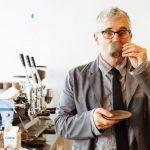 他用1.5萬元卡債 建立7億元咖啡品牌