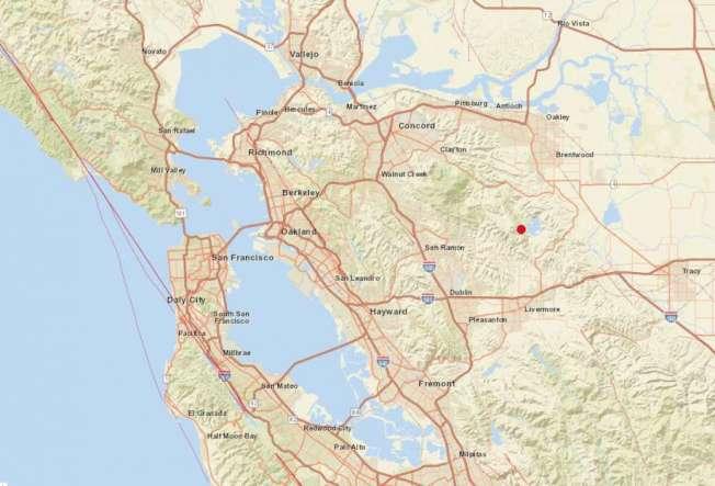 36--東灣16日下午發生規模4.3的中小型地震,震央(見圖)位於黑鷹鎮(Blackhawk)以東7.5哩,以及康柯德(Concord)東南17哩。(圖:USGS)