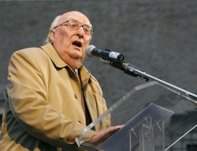 義大利知名偵探小說作家卡米雷利(圖)17日與世長辭,享耆壽93歲。 美聯社