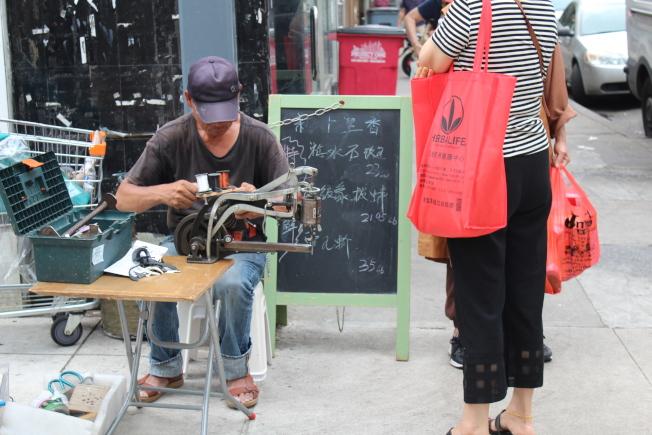 華裔移民在美國從事各行各業的工作,只為圓美國夢。(記者劉大琪/攝影)