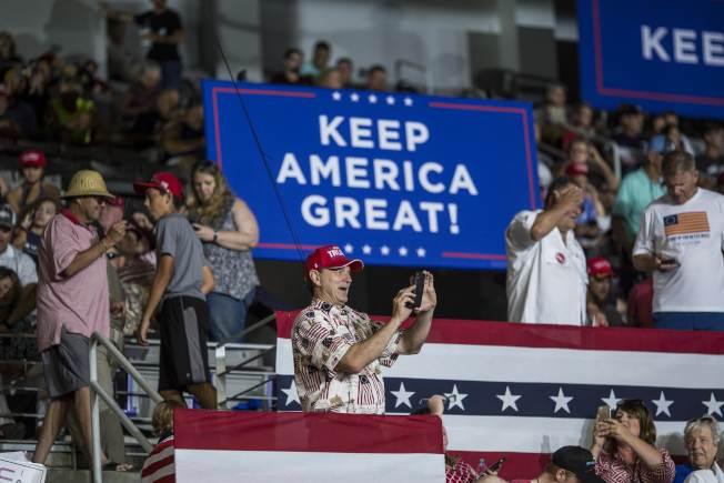 川普17日到北卡羅萊納州格林維爾競選造勢,主題是「讓美國保持偉大」。(Getty Images)