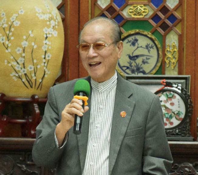 中華總會館總董鄧海波呼籲全市各區都有華裔代表參加周一會議,共商改善治安大計。(本報檔案照片,記者李秀蘭攝影)