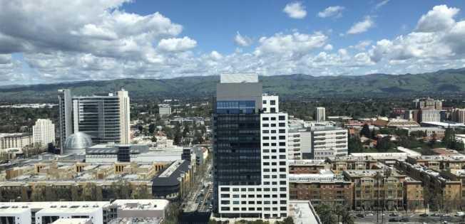 Google與地產發展商「Lendlease」合作,在矽谷三城發展商住計畫,發展經濟總值150億元。圖為聖荷西市中心。(Getty Images)