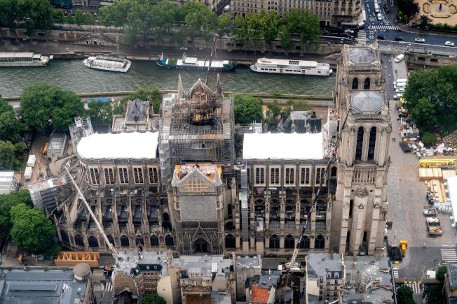 聖母院大火遺留的鉛含量是嚴肅的公衛議題。(Getty Images)