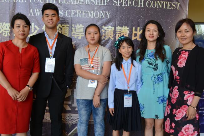 三位中國媽媽跨洋陪子女參加國際演講比賽。(記者啟鉻/攝影)