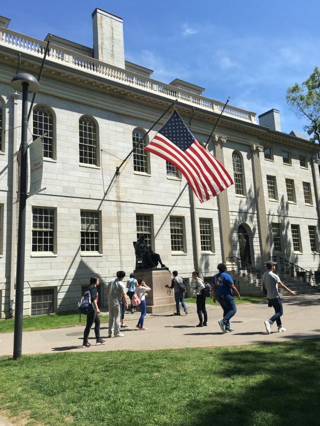 CNBC Make It個人理財網站公布了全國前50所學費回報率最高的高校,哈佛大學和麻省理工學院(MIT)都進入私立高校榜單前十名。(記者劉晨懿之/攝影)