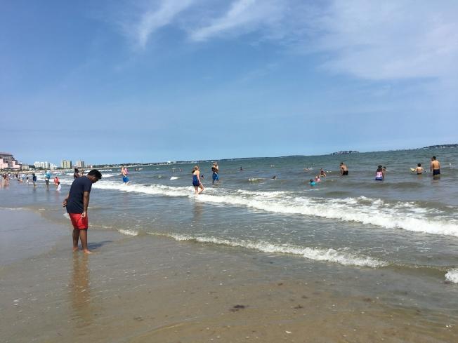 波士頓本周末有熱浪,周六最高溫恐破紀錄。(記者劉晨懿之/攝影)