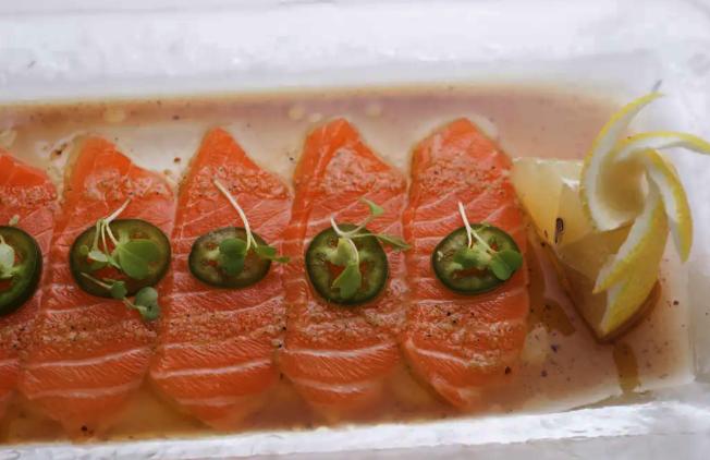 Natsumi菜色結合日式與義式,主打亞洲無國界融合菜餚。(取自餐館周官網)