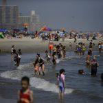 紐約熱浪來襲周末最高飆111℉ 建築樓需調恆溫器至78℉