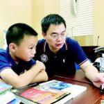 一路跳級…深圳10歲童 幫學長解題被封「大哥」
