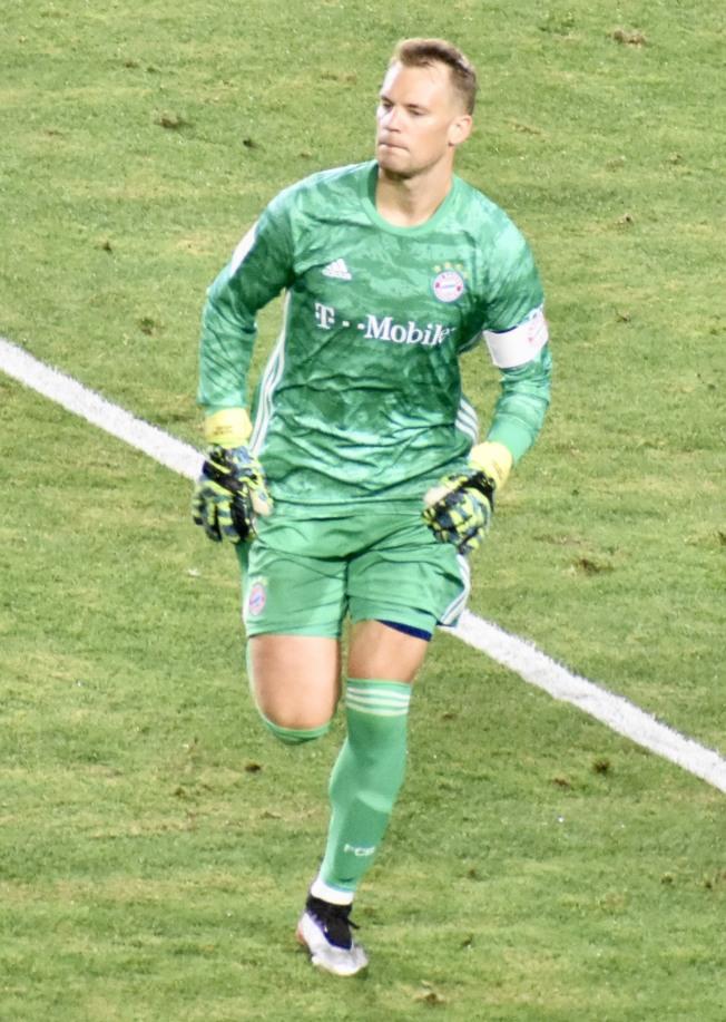 諾伊爾在對陣阿森納的比賽中表現積極。(記者黃少華/攝影)