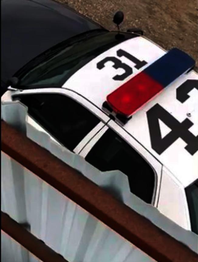 聖塔安那一名警察涉嫌在警車內發生性相關行為。(圖:OC Weely)