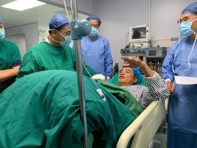 任達華接受腹部手術後,身體狀況已無大礙。(圖:英皇提供)