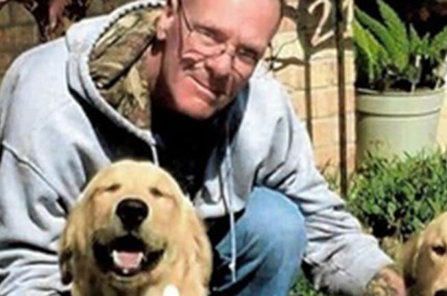 56歲的男子蓋瑞艾文斯到海邊抓螃蟹後雙腿腫脹,送醫急救後發現感染上噬肉菌,不到四天就不治身亡。(取自臉書)