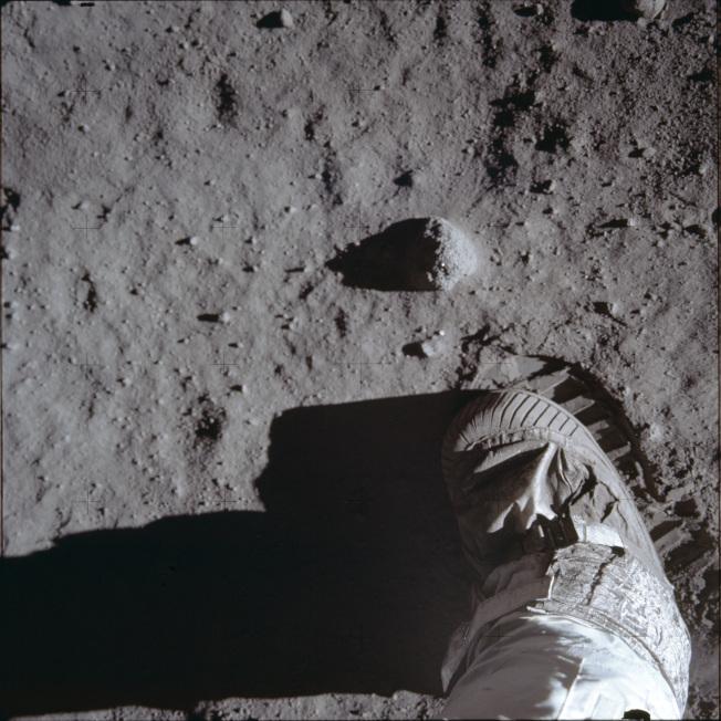 1969年7月20日,阿波羅11號太空人艾德林踏上月球表面。(美聯社)
