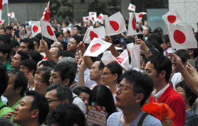 日本21日舉行第25屆議會上院選舉,長期執政的自民黨料能輕鬆勝選。日本將再度成為一黨獨大的國家,但選民似不在意。(歐新社)