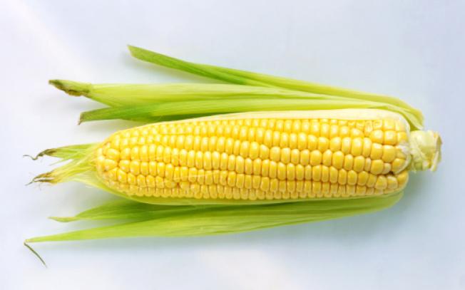 玉米含有豐富膳食纖維,具有良好的保護胃腸道健康和抗氧化作用。 (Getty Images)