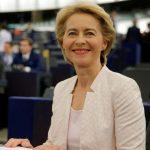 歐盟執委會首位女主席 「孩子比外套多」
