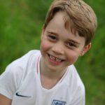 英國喬治小王子6歲生日 最新「缺牙燦笑」照超萌