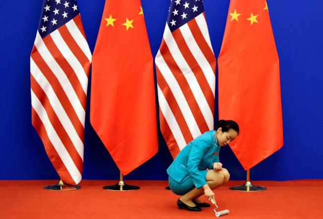 中國媒體媒分析,新一輪中美貿易磋商已越來越近,然而磋商重啟後的進展仍是複雜且曲折。(路透)