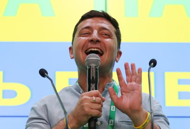 烏克蘭21日舉行國會大選,新總統澤倫斯基所屬政黨「人民公僕黨」在政黨席次部分,得票率達近44%,將獲最多席次。(歐新社)