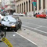 Tesla金山闖紅燈撞上夫婦 夫死妻重傷