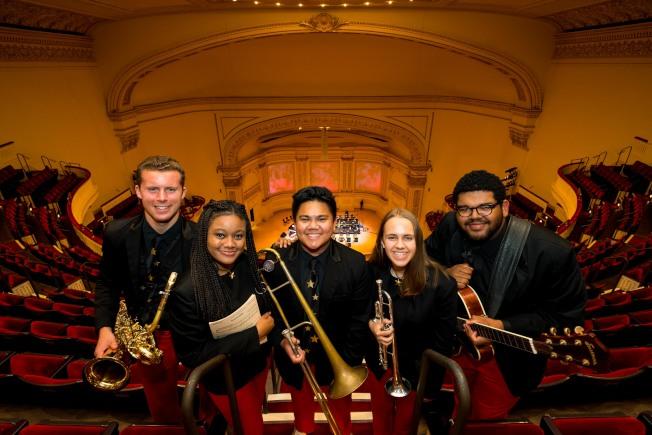 美國國家青年爵士樂團27日在卡內基音樂廳演出。(美國國家青年爵士樂團提供)