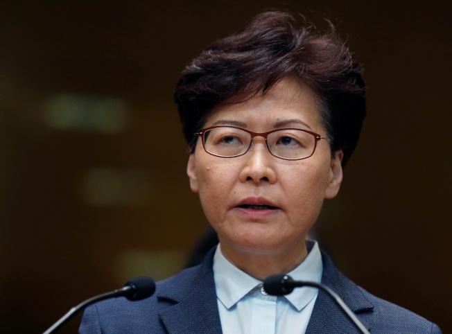 香港特首林鄭月娥22日上午舉行記者會。(路透)