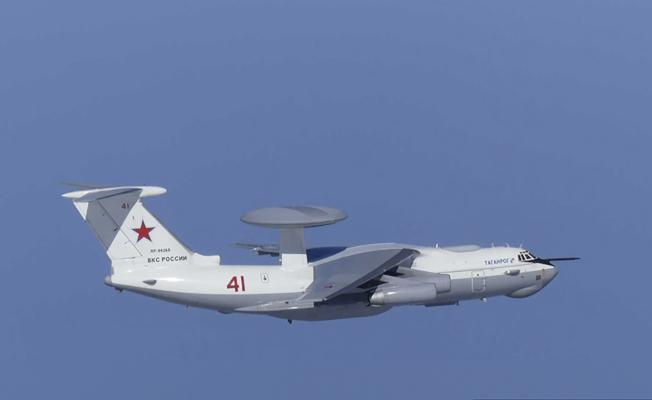 日本防衛省發布的照片顯示,一架俄國A-50空中預警機23日逼近日本竹島(南韓稱獨島)上空。美聯社