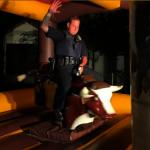 派對超嗨!警處理投訴 加入同樂