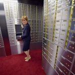 千萬財物存銀行保險箱竟不見 手表專家畢生收藏討不回