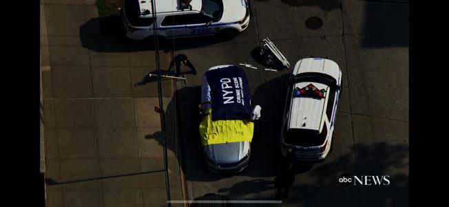 一對不滿周歲的龍鳳胎於26日被父親遺忘在車後座,發現時已無任何生命跡象。(abcnews視頻截圖)
