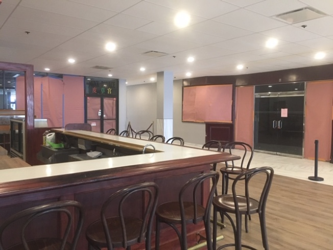 蒙特利公園市老字號林肯酒店附屬林肯酒家餐館,月前歇業退出中餐市場競爭。(記者楊青/攝影)