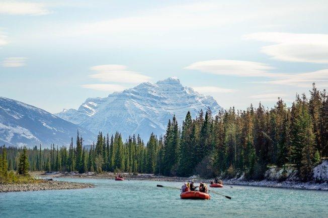 河中漂流,激情且有趣。(Tourism Jasper供圖)