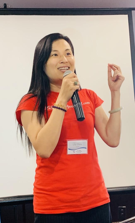 中國移民周麗君將角逐2020年聖市第一區市議員,為聖地牙哥州大講師。(記者陳良玨/攝影)