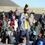 大島山上建望遠鏡 原住民堵路抗議