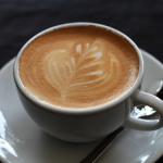 咖啡因是提神好物 但可能為這些人帶來壞處