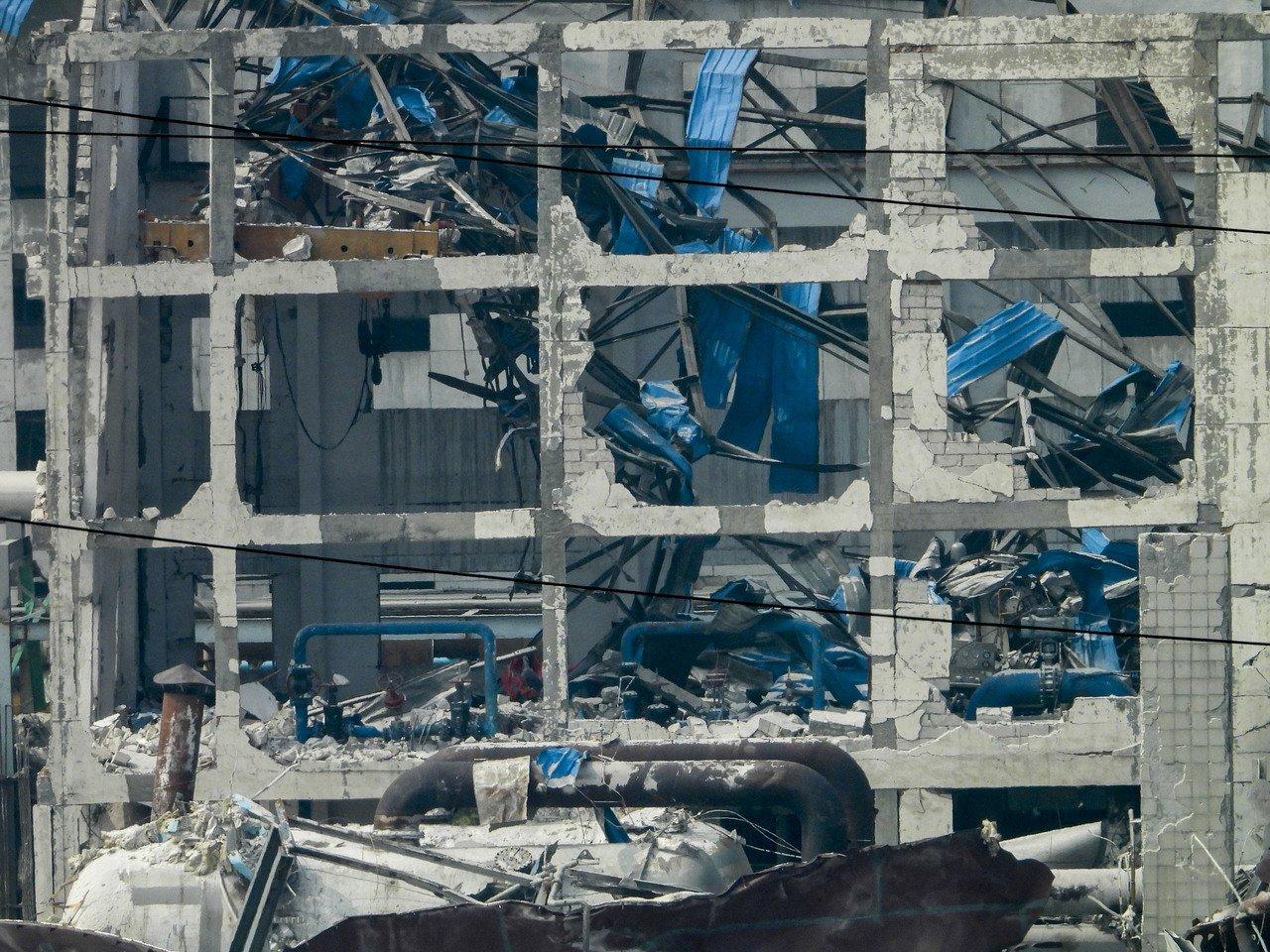 義馬氣化廠爆炸事故19日17時45分左右發生爆炸著火事故,截至20日下午5時30分,確認死亡12人、3具失聯遺體正確認身分,重傷15人。 中新社