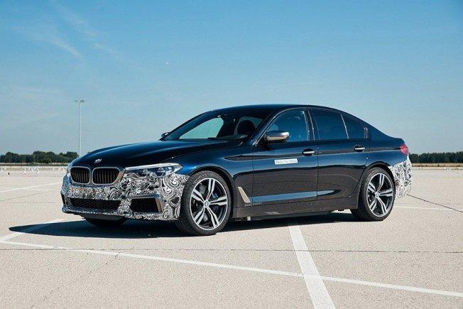 BMW計畫於4年後發表的新世代5-Series車系便會提供零排放純電動力車款的選擇。(BMW)