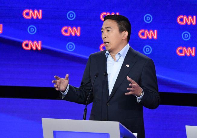 楊安澤指名向川普喊話,贏得全場掌聲。(Getty Images)