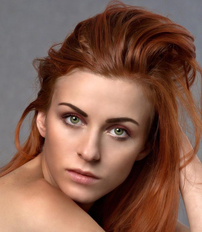 天天洗頭,可能會讓頭髮跟頭皮的基本養分流失。(取材自pexels)