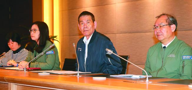 華航資深副總羅雅美(左二)。(本報資料照片)